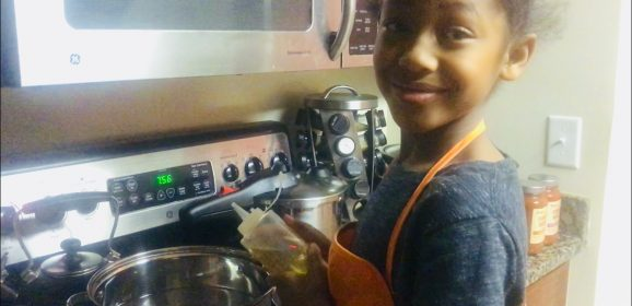 Diva Foodies Kid Chef – Brielle